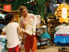 英国服装业上半年超2700家商店倒闭
