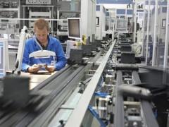 自动化使美国制造业担忧其技能短缺