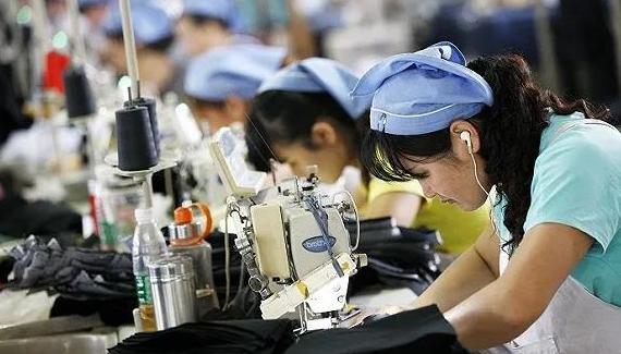 中国1.7亿人就业的纺织服装产业,为何大而不强?
